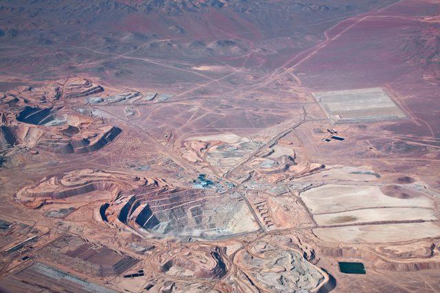 copper mine chile atacama desert