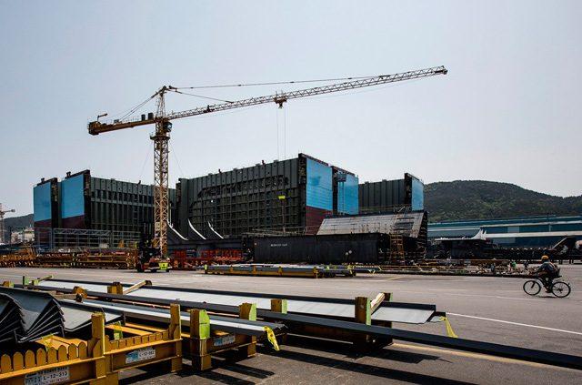 triple-e maersk line dsme shipyard shipbuilding