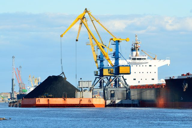 coal barge loading dry bulk
