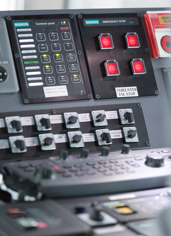 Integrierte Steuersysteme / Integrated Control Systems