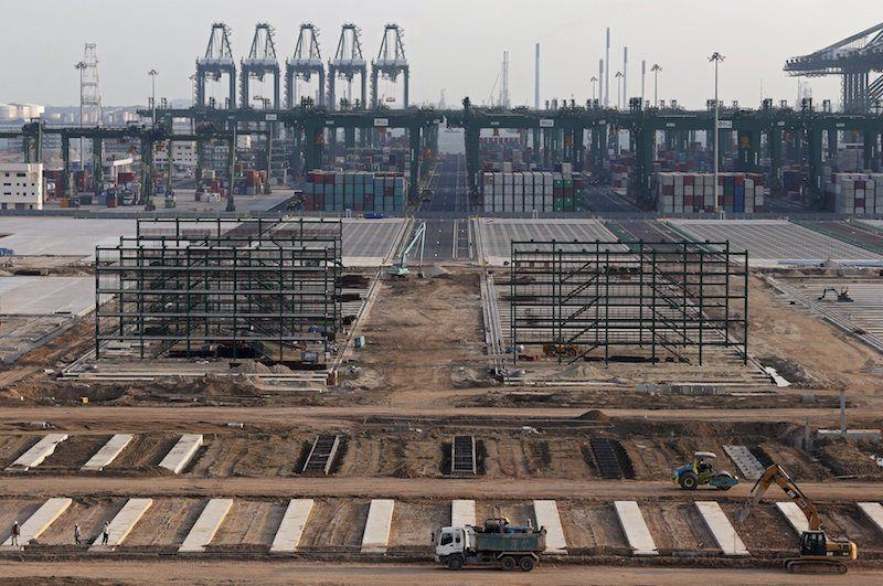 A view of the construction site of new berths at the Pasir Panjang Terminal Phases 3 and 4 in Singapore June 23, 2015. REUTERS/Edgar Su
