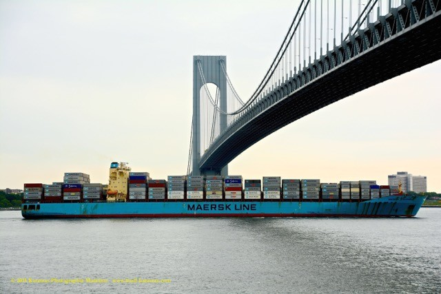 Verrazano_Containership_Maersk Columbus JUN2015_stamp
