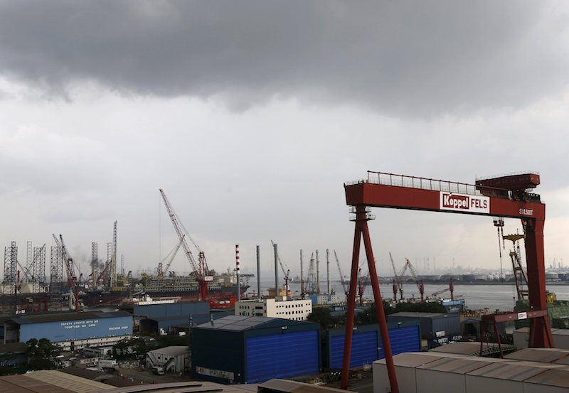 A view of a Keppel Corporation shipyard in Singapore January 19, 2016. Singapore's Keppel Corporation Ltd KPLM.SI said on Thursday its fourth-quarter net profit fell 44 percent and its 2015 profit dropped to a five-year low as plunging oil prices hit demand for offshore rigs. Picture taken January 19, 2016. REUTERS/Edgar Su