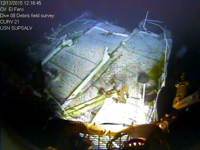 Top of El Faro navigation bridge structure with missing voyage data recorder, mast and support structures