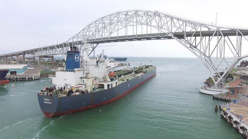 The Bahamas-flagged Theo T departs Corpus Christi, Texas carrying the first U.S. crude export in 40 years, December 31, 2015. Photo: Port of Corpus Christi