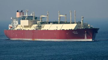 Three Injured After 'Hard Contact' with LNG Carrier Off Milford Haven