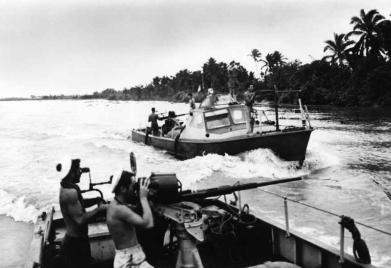 navy-river-boat-patrols-vietnam-war