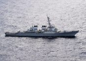 U.S. Navy Destroyer Fires Warning Shots at Iranian Fast-Attack Vessels in Strait of Hormuz
