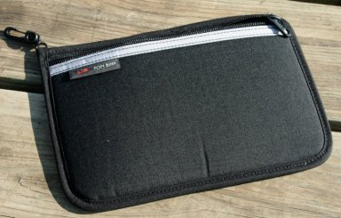 geardiary_tombihn_organizer_pouch_03