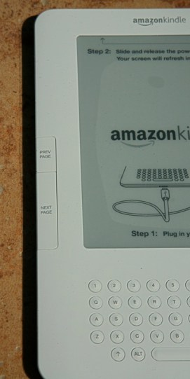 Gear Diary Unboxing the Amazon Kindle 2 photo