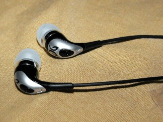 Gear Diary Review: Jaybird Tiger Eyes Earbuds photo