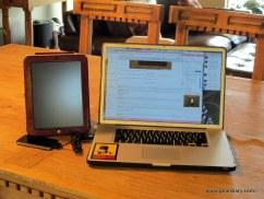 geardiary-orbino-padova-ipad-case-in-use
