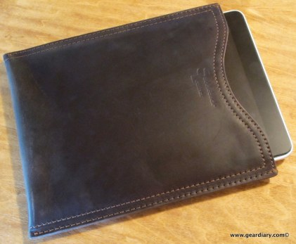 geardiary-saddleback-leather-ipad-sleeve-5