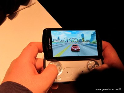 geardiary-chipchick-sony-ericsson-mobile-word-congree-pro-neo-play-105