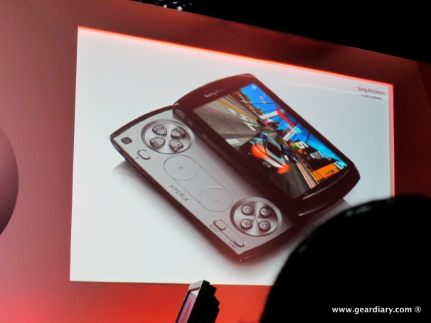 geardiary-chipchick-sony-ericsson-mobile-word-congree-pro-neo-play-36