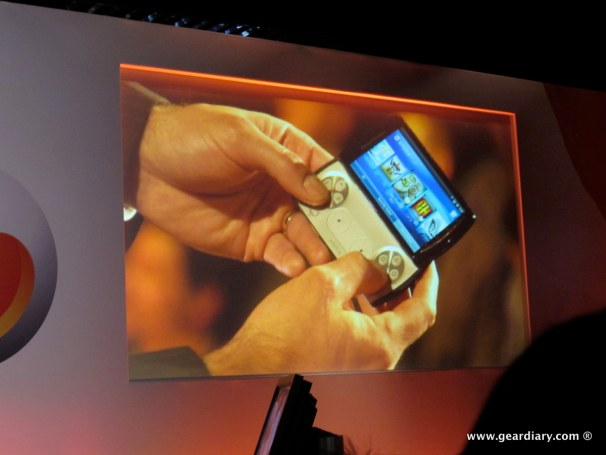 geardiary-chipchick-sony-ericsson-mobile-word-congree-pro-neo-play-48