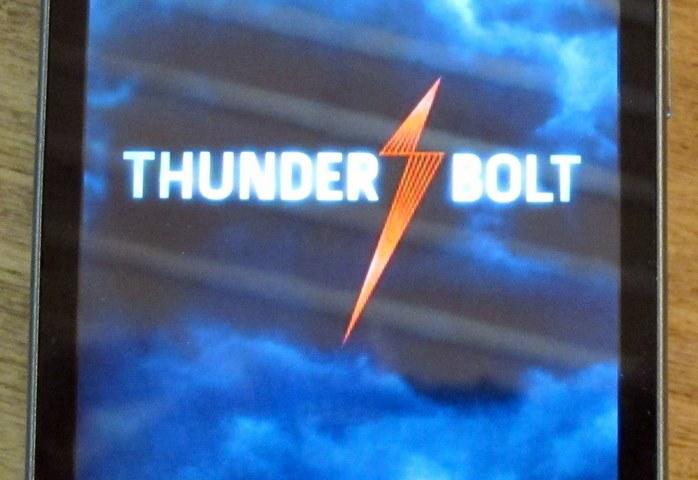 geardiary-htc-verizon-thunderbolt-android-4g-lte-phone-27