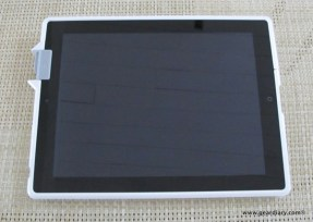 Gear Diary iPad 2 Accessory  Kensingtons SecureBack Security Case photo