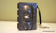 Gear Diary Hands on with a Mimoco Han Solo 4GB Mimobot Thumb Drive; Carbonite Included photo