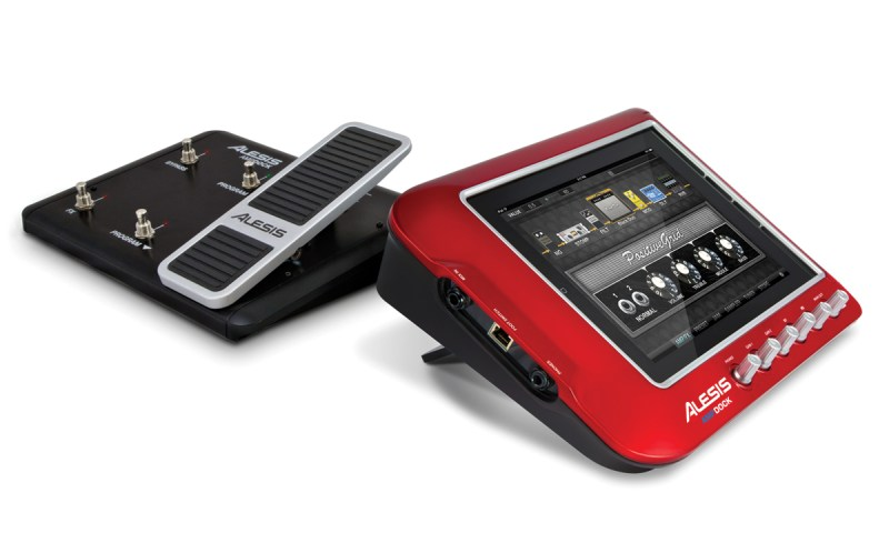ampdock_angle_stand_withpedal_web_lg