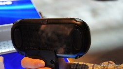 Gear Diary A Quick Hands On with the PlayStation Vita photo