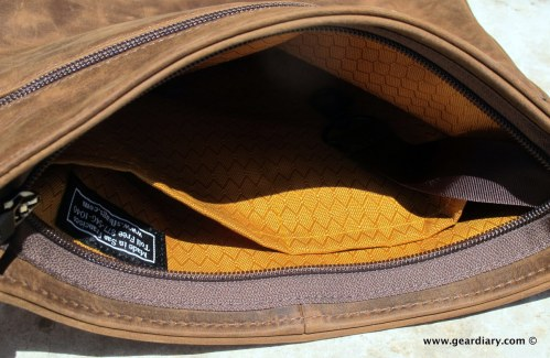 geardiary-waterfield-indy-ipad-bag-007