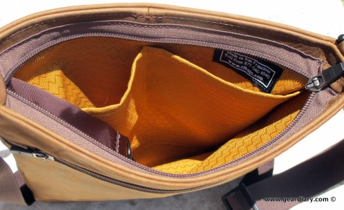 geardiary-waterfield-indy-ipad-bag-009