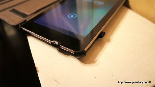 Nexus 7 Blurex Bottom
