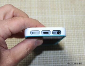 Gear-Diary-Incipio-Stowaway-iPhone-5.21-2.jpg
