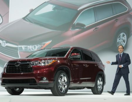 2014 Toyota Highlander introduced at the New York Auto Show