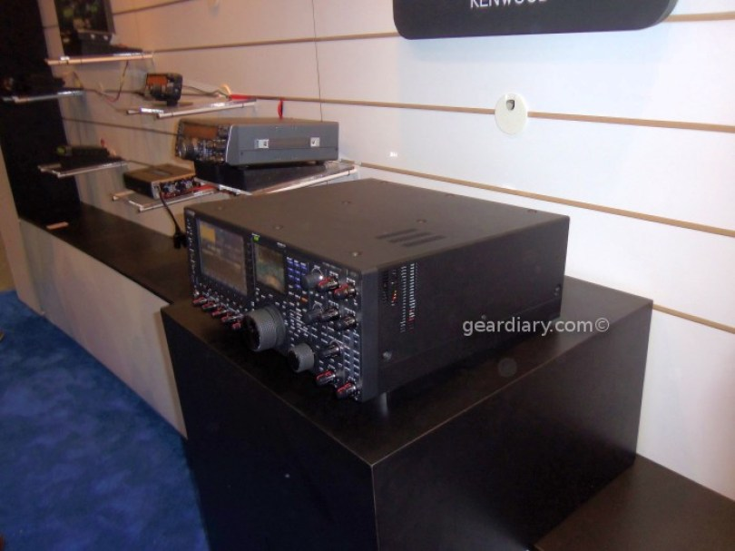 Dayton_Hamvention_2013_TS990S-1