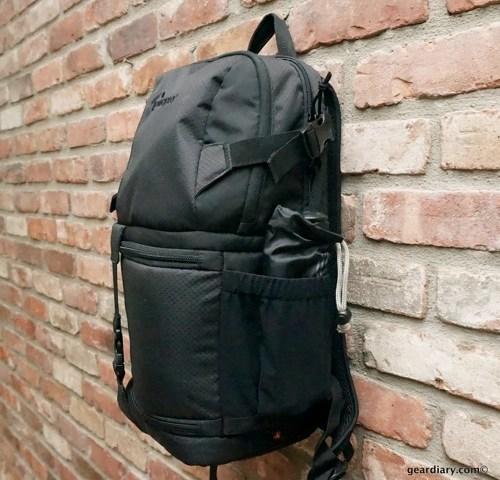 Lowepro-DSLR-Video-Fastpack-150-AW.59.jpg