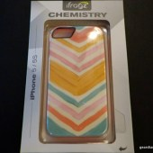 Gear-Diary-iFrogz-Chemistry-Chic-Chevron.05.jpeg