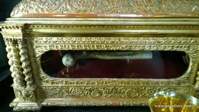A portion of a martyr's femur inside a reliquary.