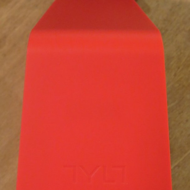 geardiary-tylt-vu-wireless-qi-inductive-charging-pad-006