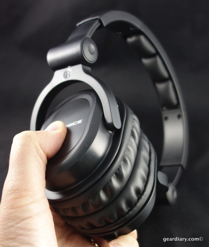 20 Gear Diary Monoprice Headphones Feb 6 2014 5 09 PM 04