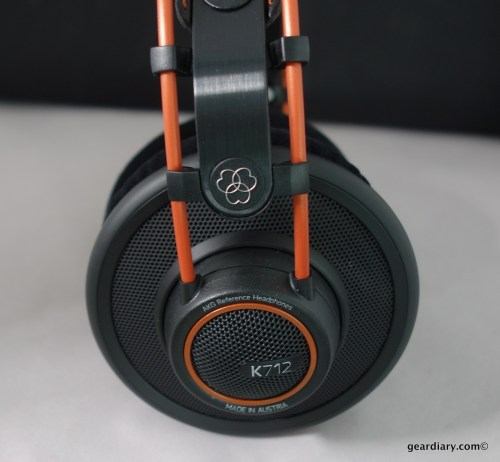 09-Gear-Diary-AKG-K712-Pro-Headphones-Mar-15-2014-2-43-PM.38-500x462