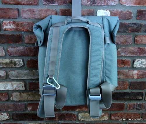 Gear-Diary-Bluelounge-Backpack.01.jpeg