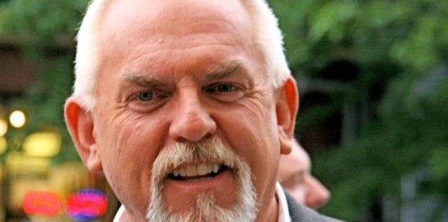 JohnRatzenberger_feat