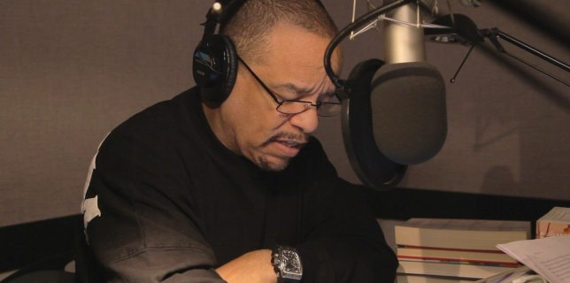 Ice-T tries out some D&D by reading from The Legend of Drizzt: The Collected Stories