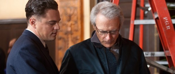 Leonardo-DiCaprio-and-Clint-Eastwood-on-J-Edgar-set-700x300