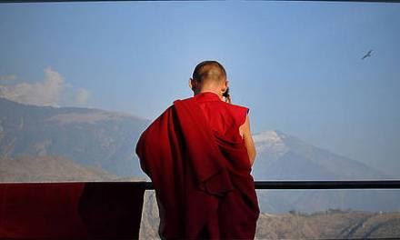 """Dalai Lama: """"La competencia en la sociedad está destruyendo nuestra paz mental"""""""