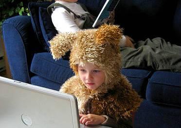 Cómo aprender a ser una ciber mamá – Una buena lectura de domingo.