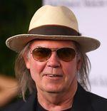 Neil Young piensa rescatar a la música del pobre formato MP3 con el reproductor PONO