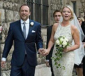 Wiki Boda: Jimmy Wales se casó con una ex asistente de Tony Blair
