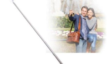 Accesorios para tomar las mejores selfies= bastones, disparadores, etc