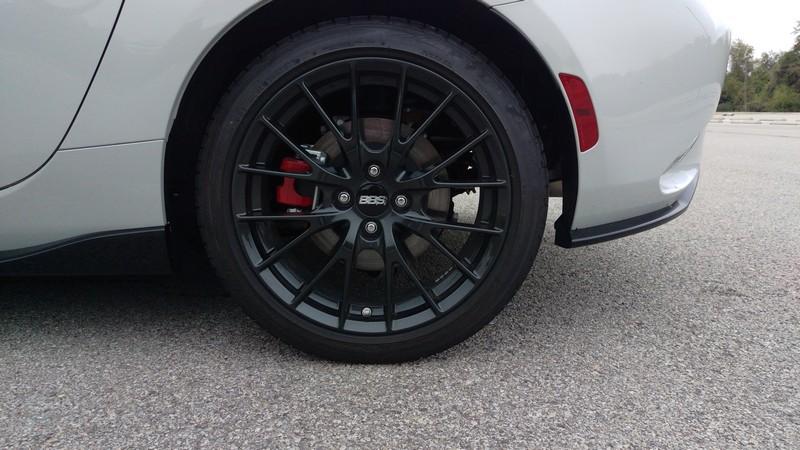 Mazda-MX-5-Miata-2016-04