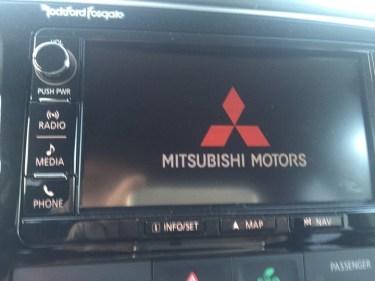 2016-Mitsubishi-outlander-070