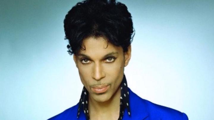 Snapchat y Google rinden homenaje a Prince con filtro y logo de Purple Rain