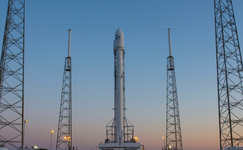 Hoy SpaceX lanzará su cohete Falcon 9 que tratará de aterrizar nuevamente en una plataforma marina